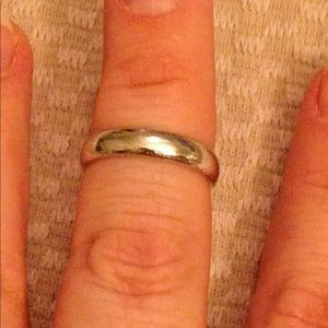 Jewelry - Classic Sterling Silver Band Ring
